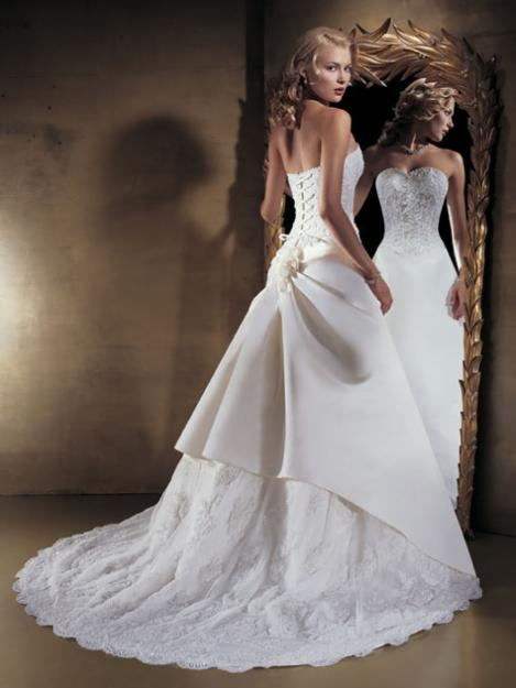 Sun shines amazing wedding dresses for Wedding dresses with a corset