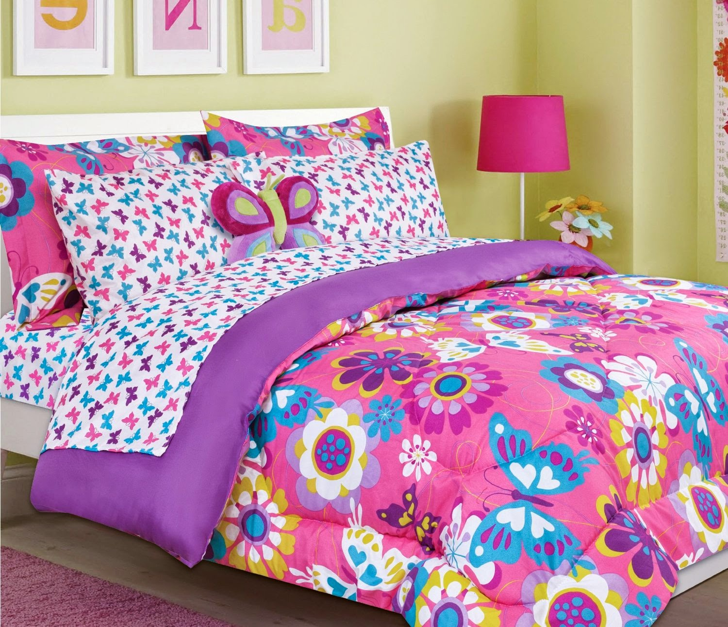 Bedroom decor ideas and designs top butterfly themed for Butterfly bedroom ideas