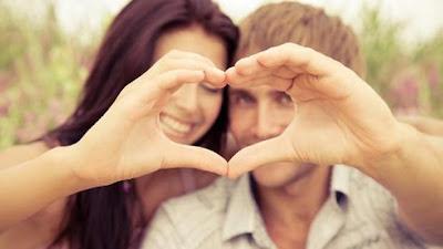 نصائح لتجنب الملل في فترة الخطوبة الطويلة - حبيبان سعداء - romantic pictures