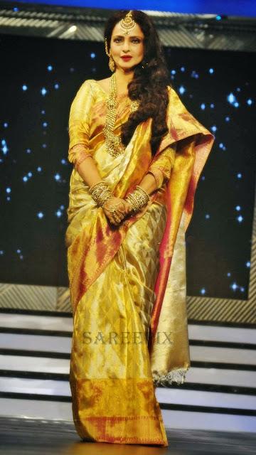 Rekha-saree-Yash-Chopra-BirthDay-anniversary