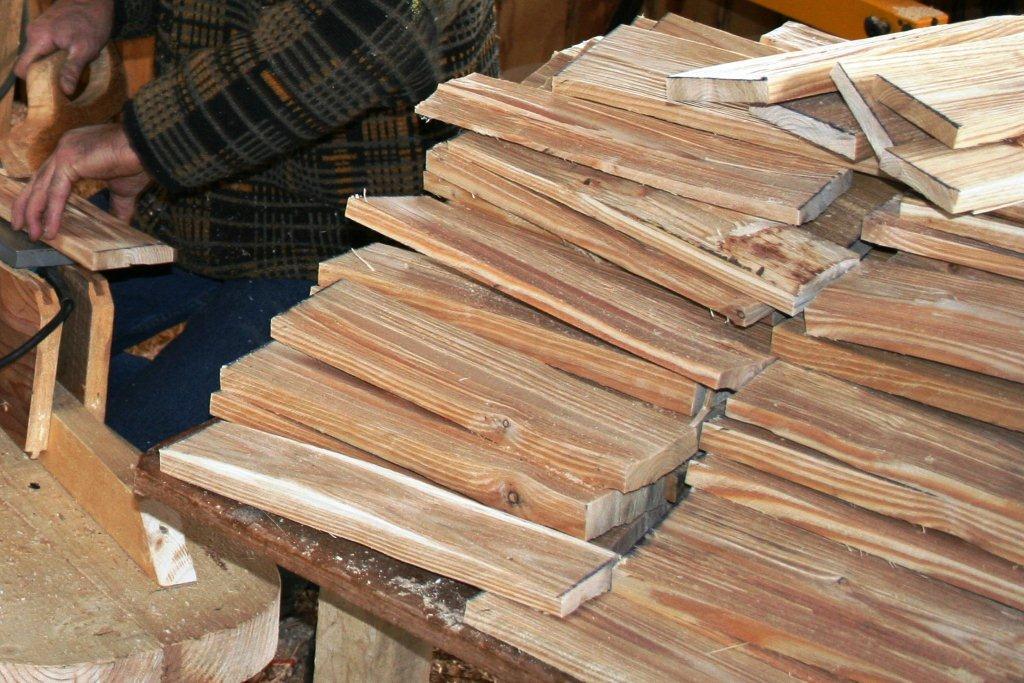 Le toit de bois description du bardeau en ch taignier - Taille d un chataignier ...