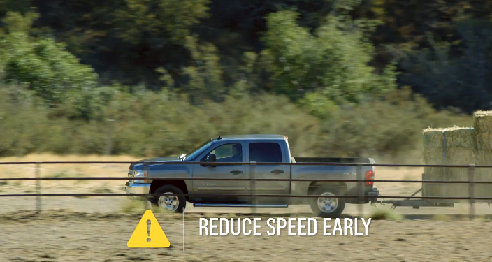 Towing Tips - Best Ways To Turn While Towing