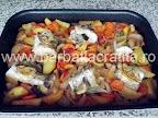 Peste la cuptor cu legume preparare reteta - in tava, imediat ce a fost scos din cuptor