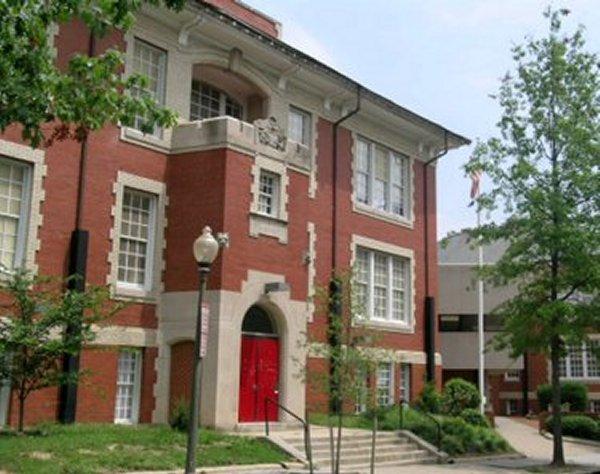 http://1.bp.blogspot.com/-JyDSYwj0jp0/TQ0InO-we9I/AAAAAAAAAqU/qSNGqCD09us/s1600/john+eaton+school.jpg