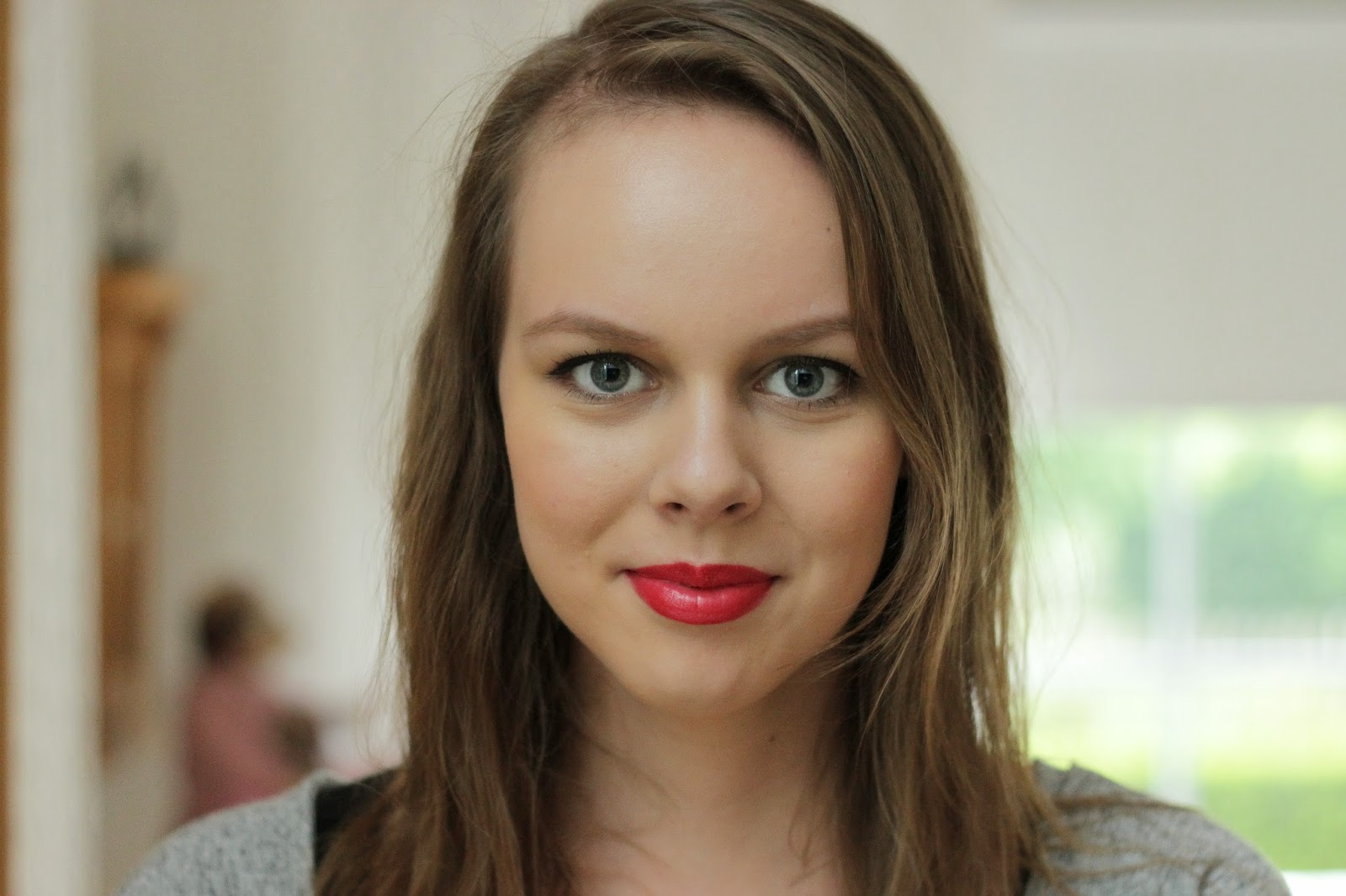 catrice ultimate colour lipstick MATTador swatches review full face