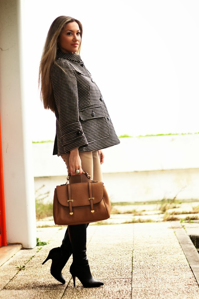 padrões, tendências, outono inverno 2013/2014, look do dia, camel, preto, casaco, coat, leggings, high boots, polka dots, patterns, birthday, cs hotel do lago, montargil, alto alentejo, satchel bag, zara, sfera, zilian, dkny, woman fashion, moda mulher, streetstyle, cláudia nascimento, blog de moda, portugal