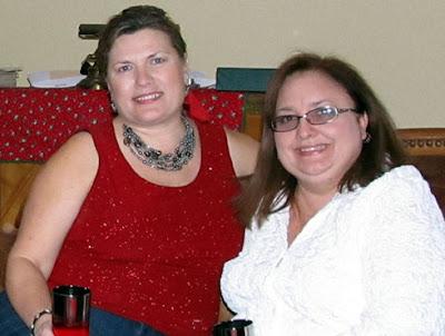 Divasofthedirt,Mindy & Sophia