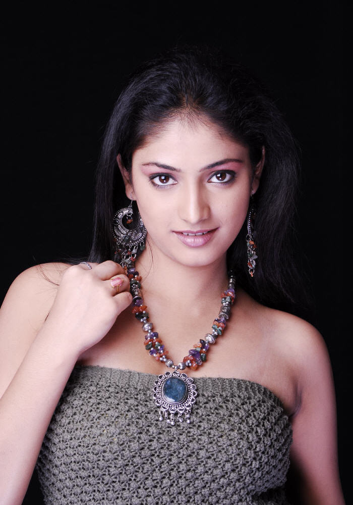 HariPriya Portfolio Photo Shoot Gallery - Telugu People Adda Gallery