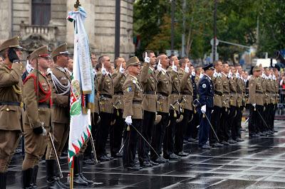 augusztus 20, Magyarország, Szent István, zászlófelvonás, tisztavatás, eskütétel