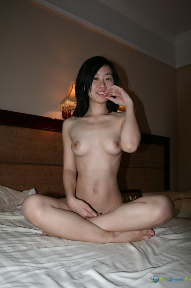 one-guy-singaporean-girl-nudist-cheap-bikini
