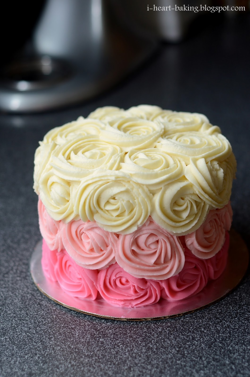 Cake Images With Roses : i heart baking!: pink ombre rose cake