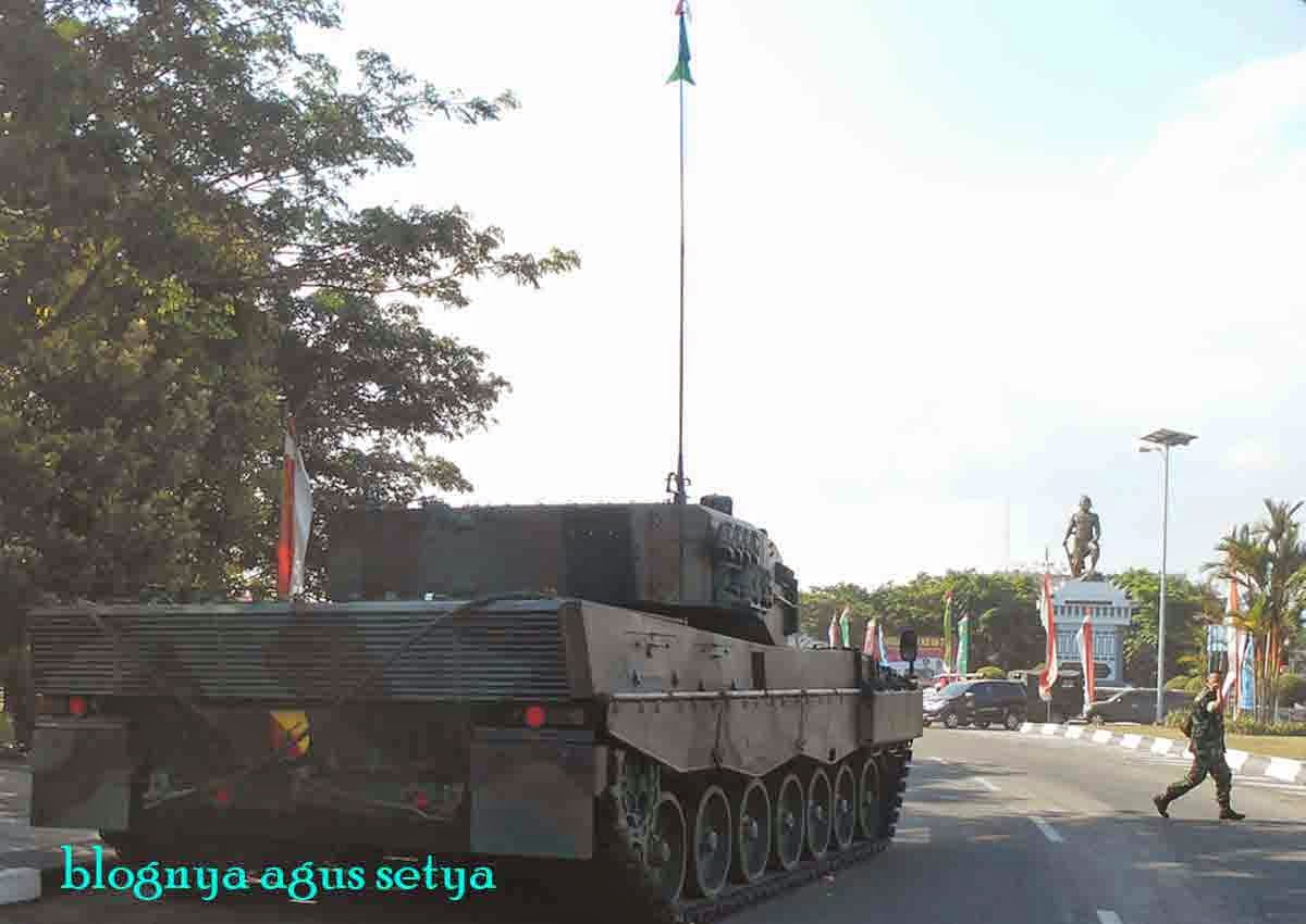gambar tank leopard