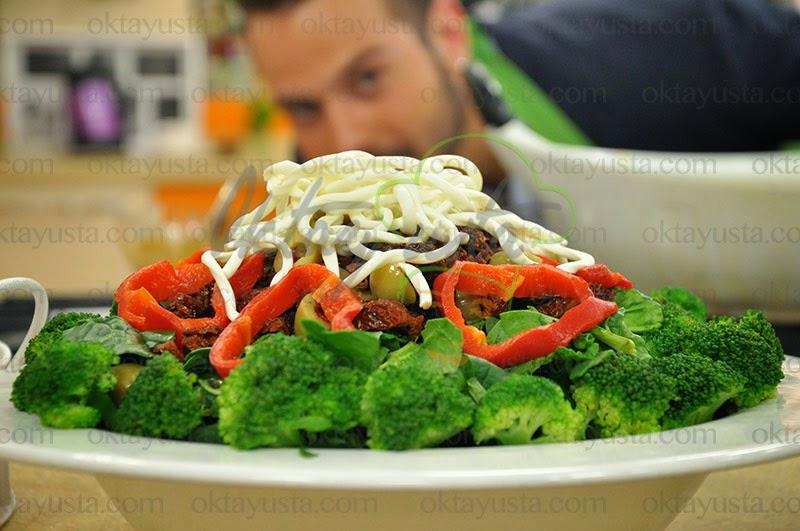Kuru Domatesli Ispanaklı Salata Tarifi Yapımı