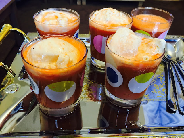 Ab-Haveej Bastani - Carrot juice and vanilla ice-cream float
