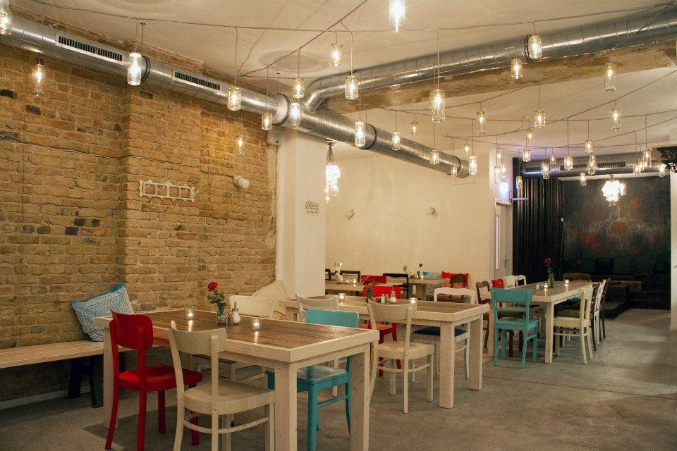berlin for you osmans t chter restaurant. Black Bedroom Furniture Sets. Home Design Ideas