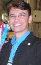Prof. Lairton Guedes - Coordenador dos Grupos de Danças Nacionais