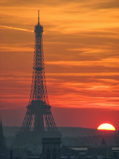 Parisian Sunset @ Eiffel Tower.