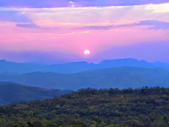 Por do Sol com Alice na Chapada dos Veadeiros, roteiro de 5 dias e 4 noites - Essa imagem do mirante do abismo virou capa do CD Rock Light da Tour Chapada