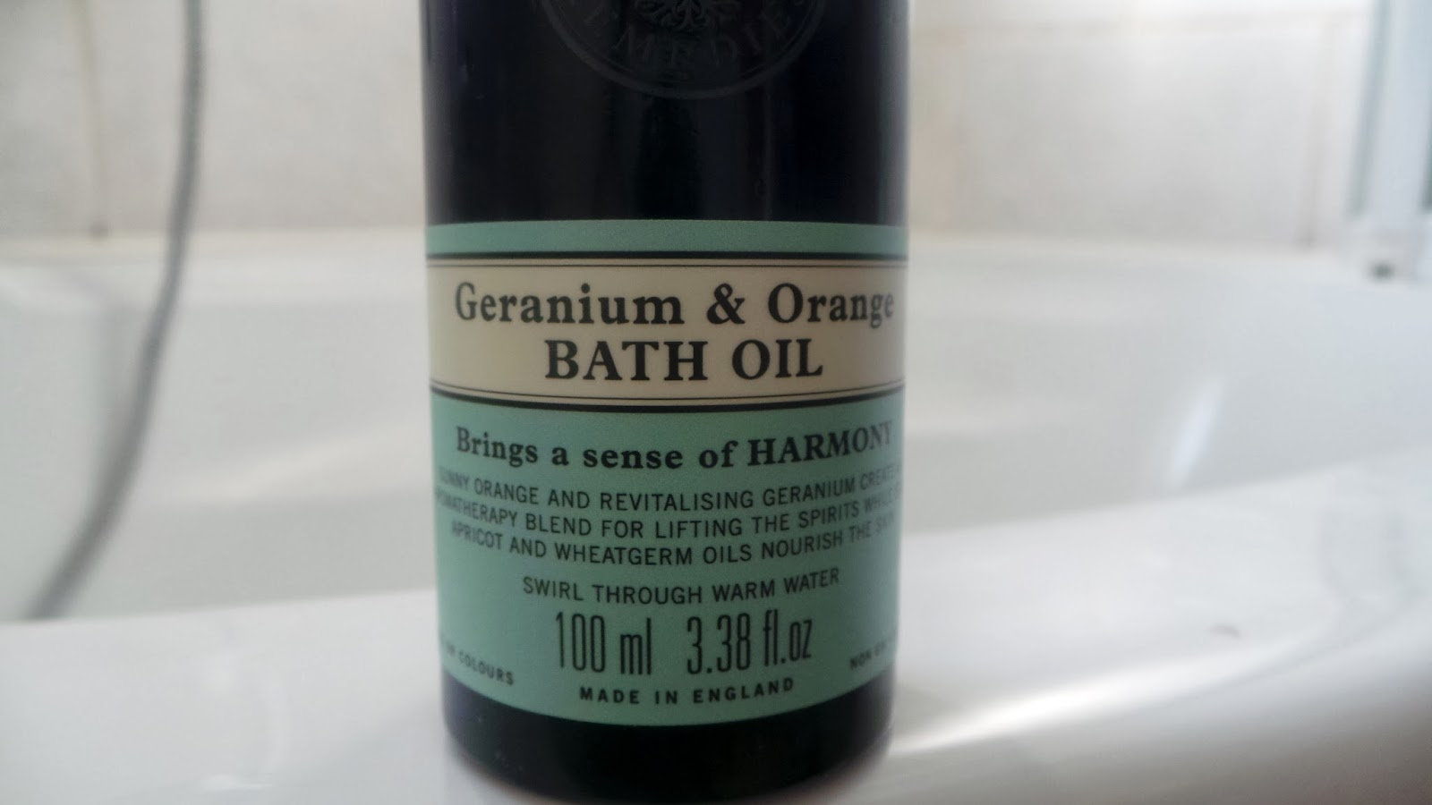 Neals yard remedies bath