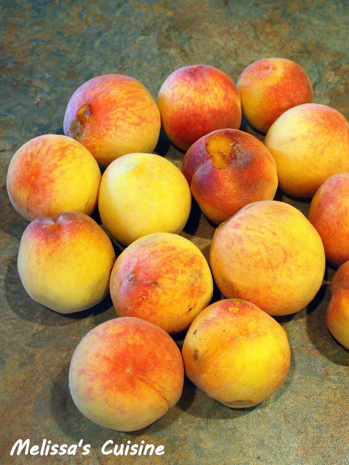 Melissa's Cuisine: Tips and Tricks: How to Peel Peaches Quickly