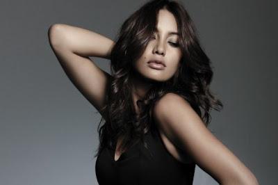 Carolina Guerra-Latina-actriz-modelo-colombiana