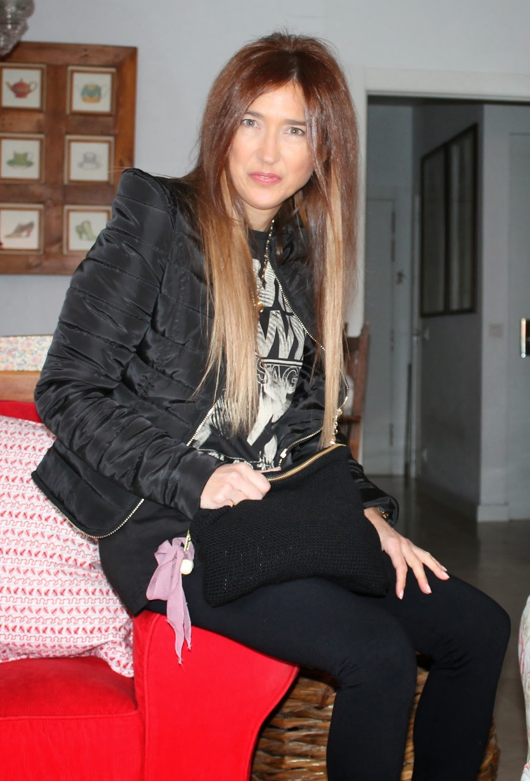 Look con chaqueta acolchada de Lujans
