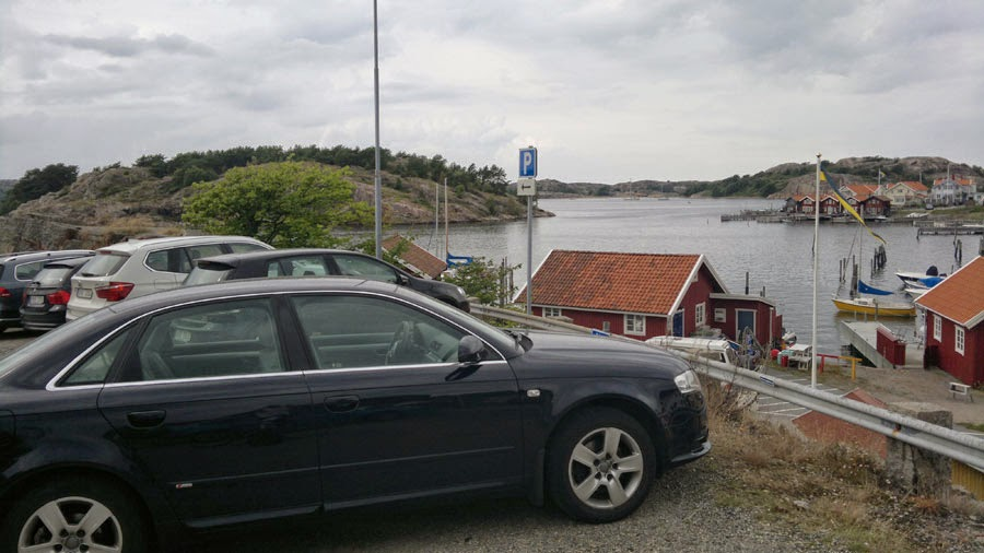 More parkinglots in Fjällbacka. Just so I know til next time.