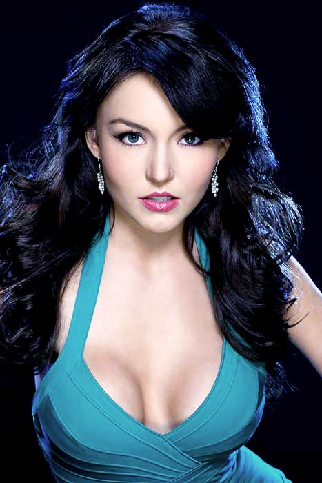 Actress Angelique Boyer