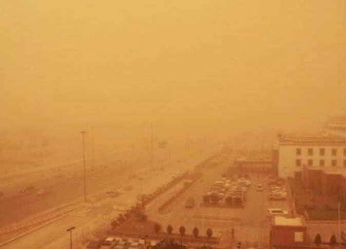 الأرصاد: عاصفة ترابية تضرب الأحد