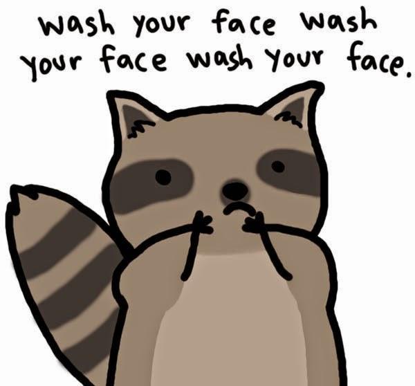 Vì sao không nên dùng khăn sau khi rửa mặt?