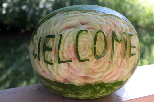 watermelon carving flower welcome