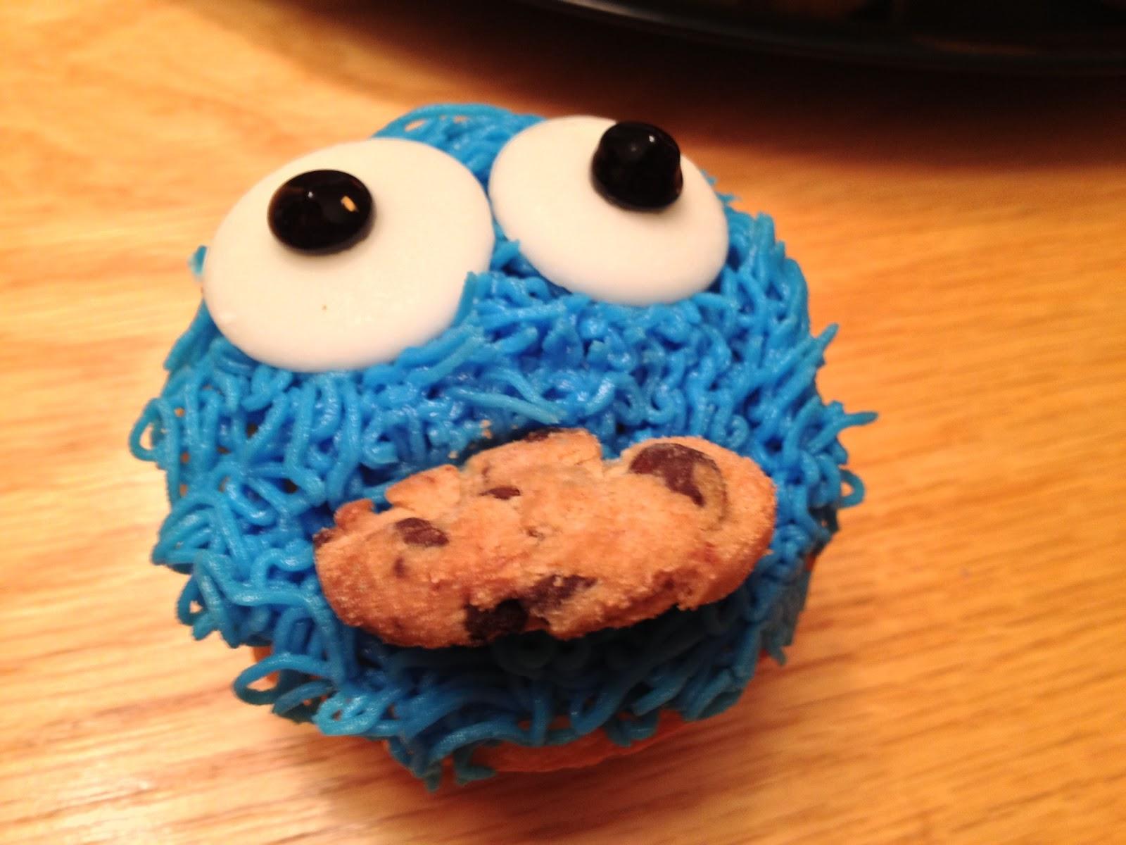 Teenage Cake Boss Cookie Monster Cupcakes