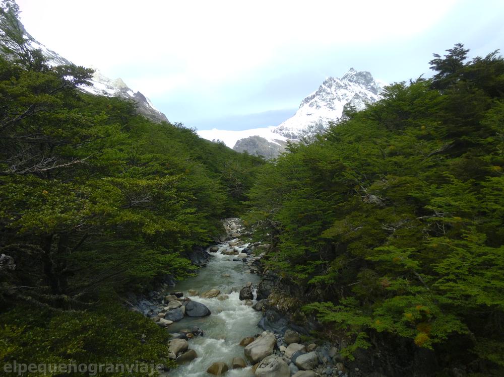 Parque Nacional Torres del Paine, Río Perros