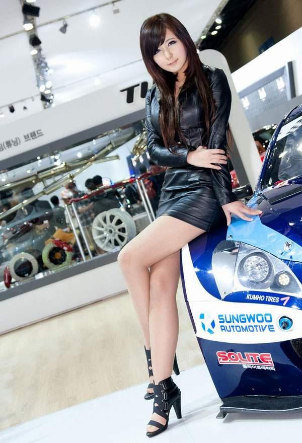 Motor Corporation Presented Of Cars Asian Racing Girls