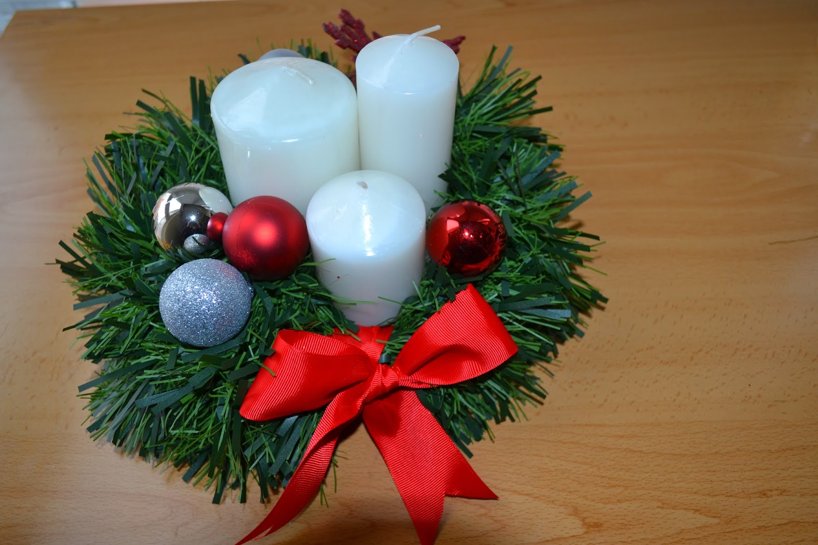 Si ellos pueden por qu no t centro de mesa navide o for Como hacer un centro de mesa navideno