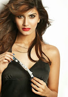Vaani Kapoor from Shudh Desi Roamnce Brings out her Spicy Side for FHM Magazine Photoshoot