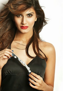 Vaani Kapoor from Shudh Desi Roamnce Brings out her Spicy Side for FHM Magazine Pictureshoot