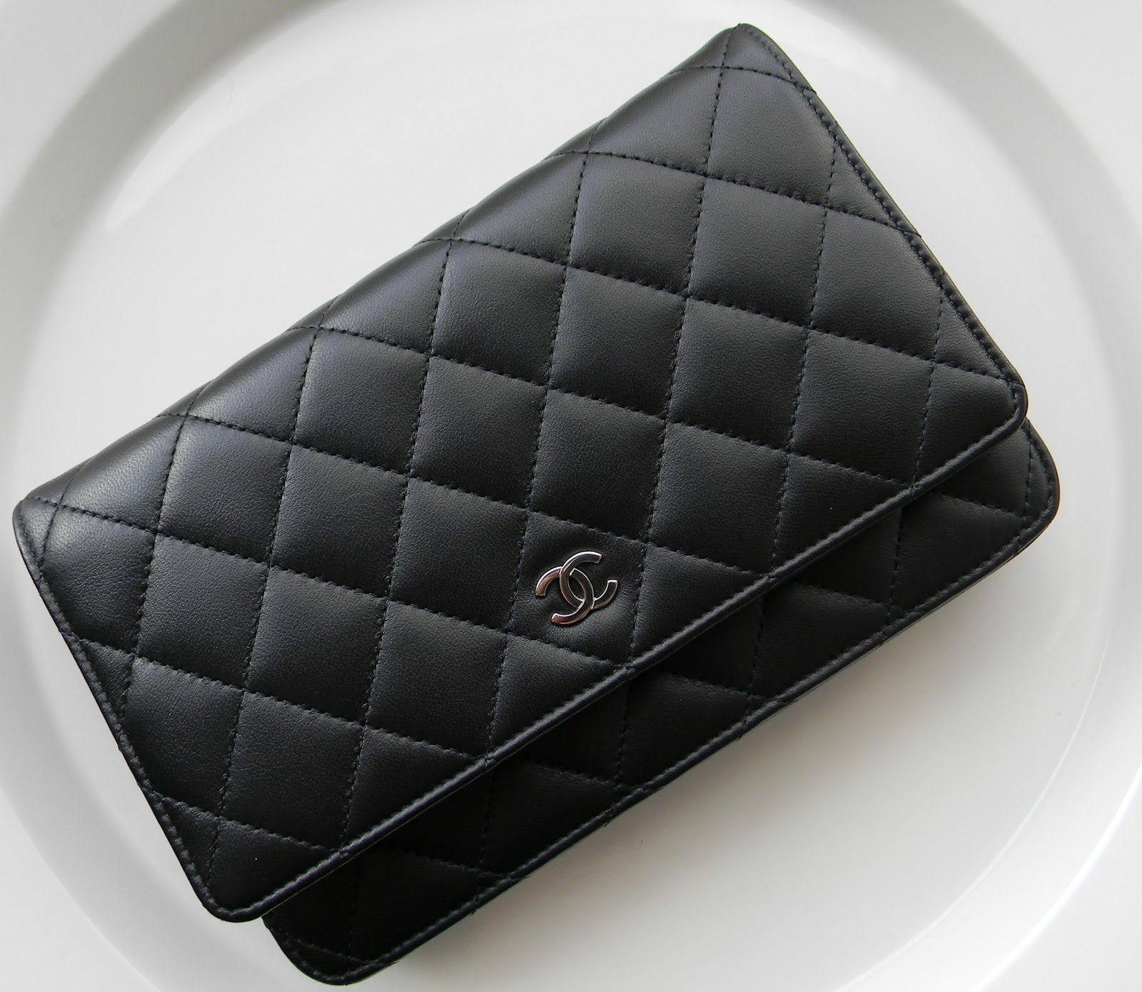 Ostetaan Chanel Laukku : Puuvillankukkia chanel woc inside