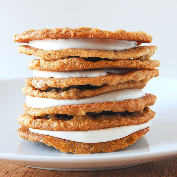 Gourmet Sunday: Oatmeal Cream Pies