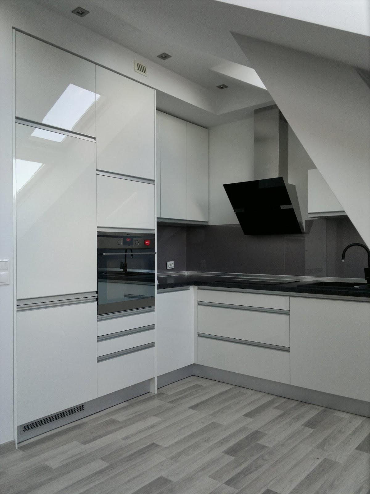 BENO Kuchnia na poddaszu -> Kuchnie Na Poddaszu Z Jadalnia