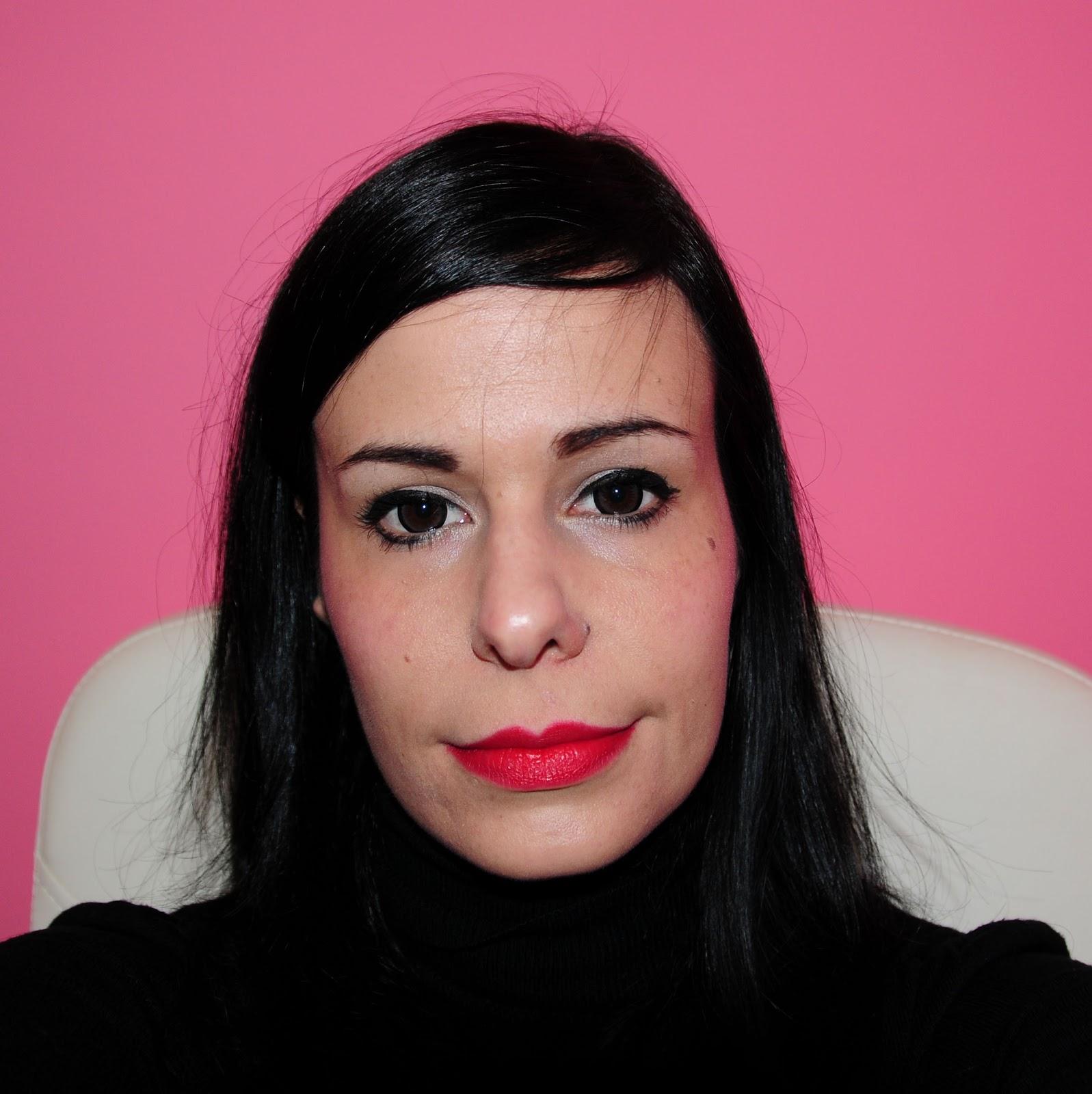 love4beauty c mo maquillar nuestros labios. Black Bedroom Furniture Sets. Home Design Ideas