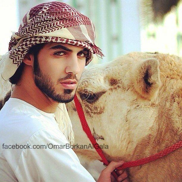 Expulsado de Arabia por ser demasiado guapo