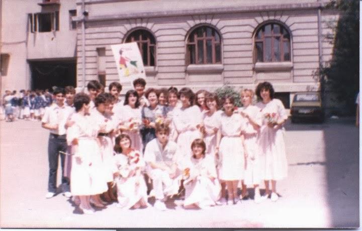 Olivia Marcov si colegii clasei 9-12V, promotia 1986 Balcescu, Bucuresti