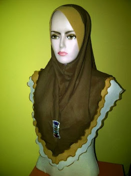 TUDUNG CHIFFON 3 LAYER SIZE L WITH BROOCH