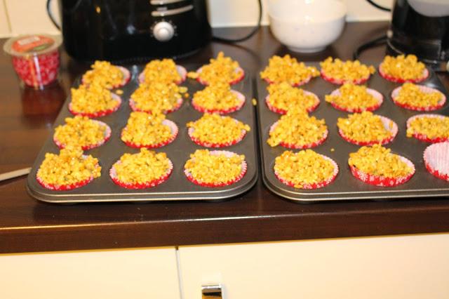 Christmas Marshmallow Cupcakes