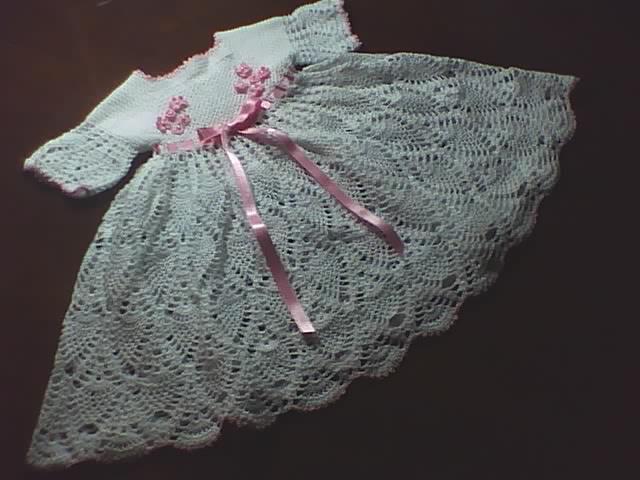 Manualidades y algo de psicología: Vestido tejido a crochet ...