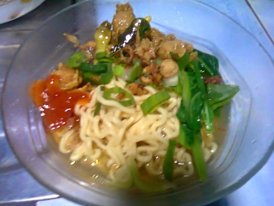 Resep Mie Ayam Paling Enak - Membuat Mie Ayam Spesial