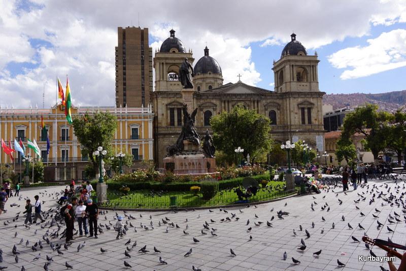 Sucre şehri Bolivyanın başkentidir