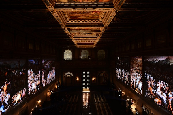 Salone dei Cinquecento - light projections on Giorgio Vasari frescos - courtesy Ermanno Scervino press office