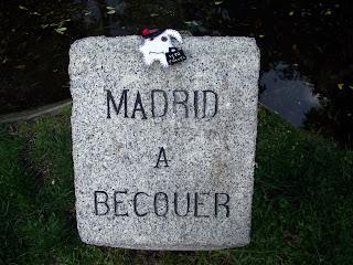 Traveller Garcia Lorca homenajeando a Bécquer